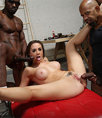 Dogfart Interracial Chanel Preston