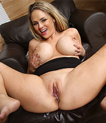 Interracial Sex Katie Kox
