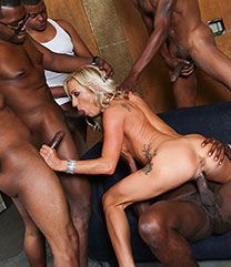 Zoey Portland Blacks On Blondes